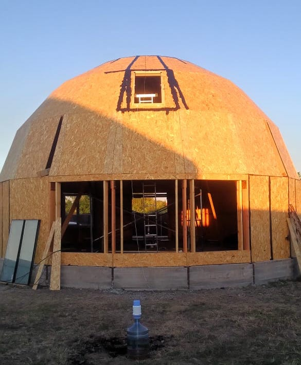 Каркас купольного дома D10H в Каневской